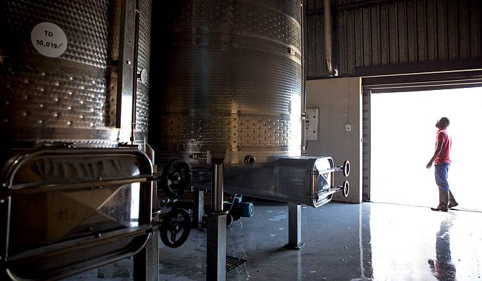 Oude_Molen_Cape_Brandy_Base_Wine